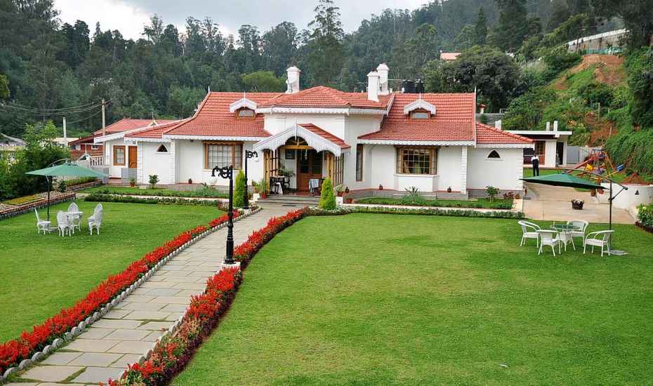 front view of Colonial Bungalow Ooty