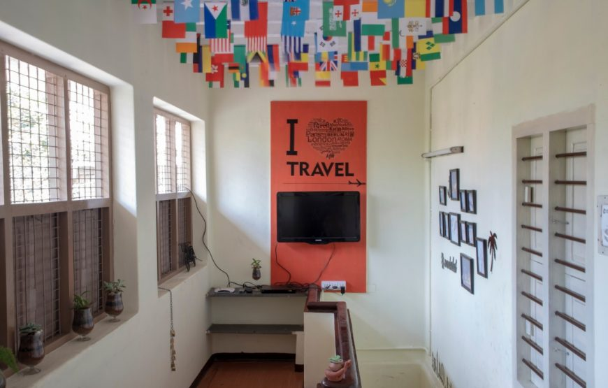 Living hall along with Telivison in the decostel backpackers