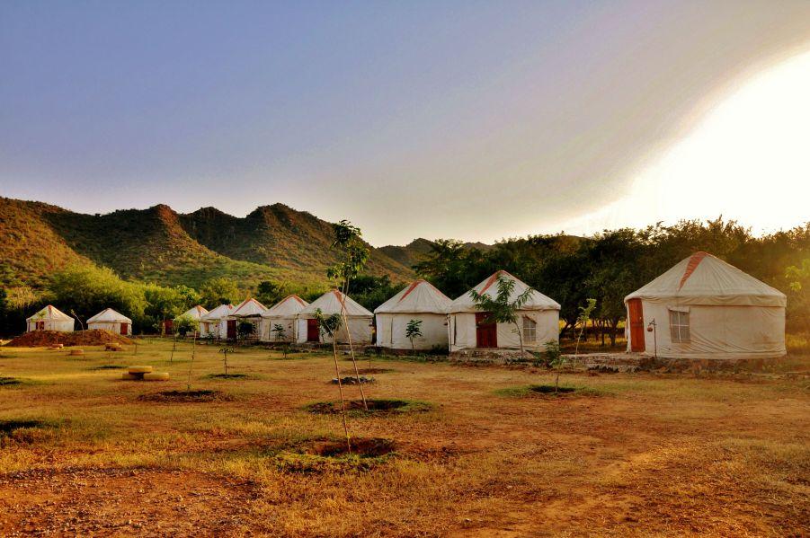 camping in aravali hills