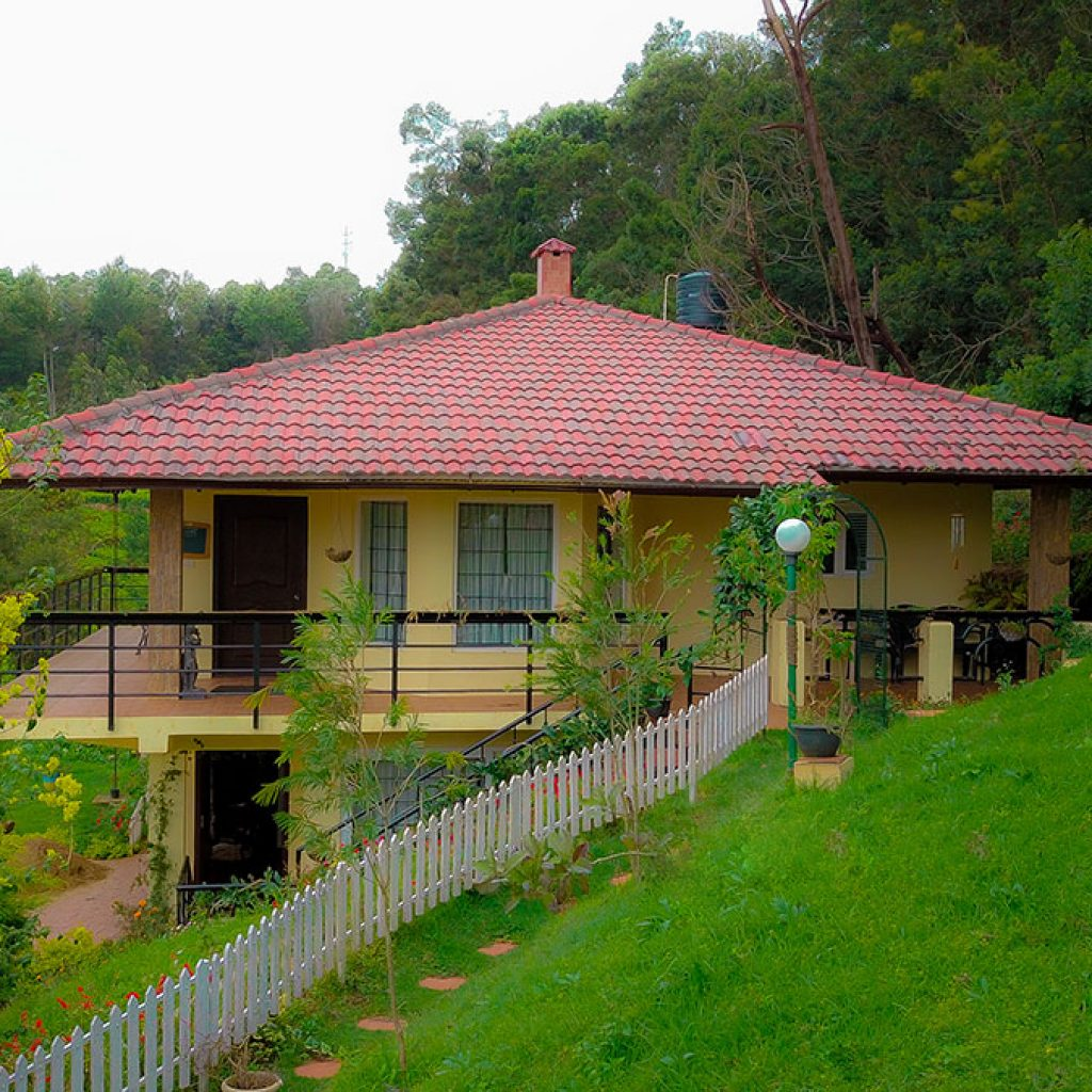 stone roof building stay of Cassiopeia kotagiri