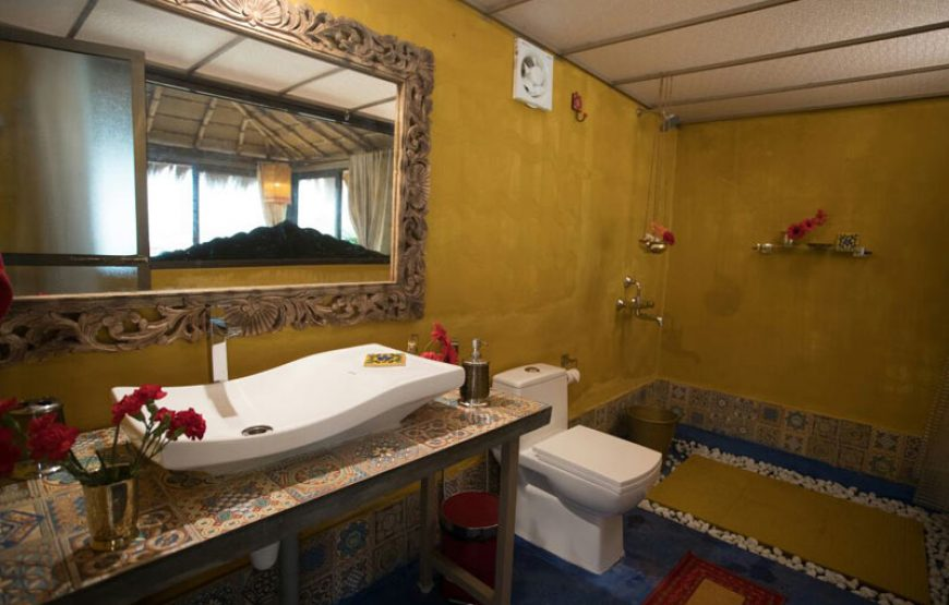 restroom of huts in goa