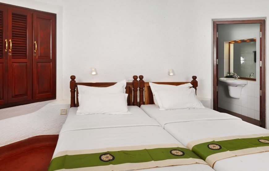 well cushioned beds of Alleppey Homestay Backwaters