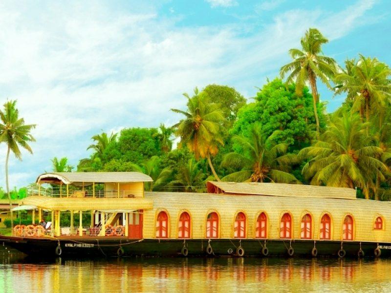 Backwater Stay in Kerala