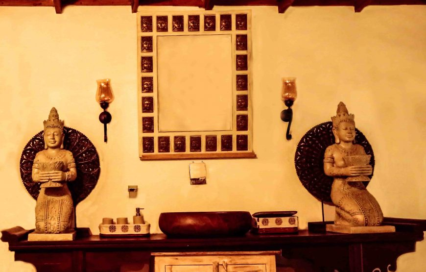 Buddha statues of homestay in anaikatti
