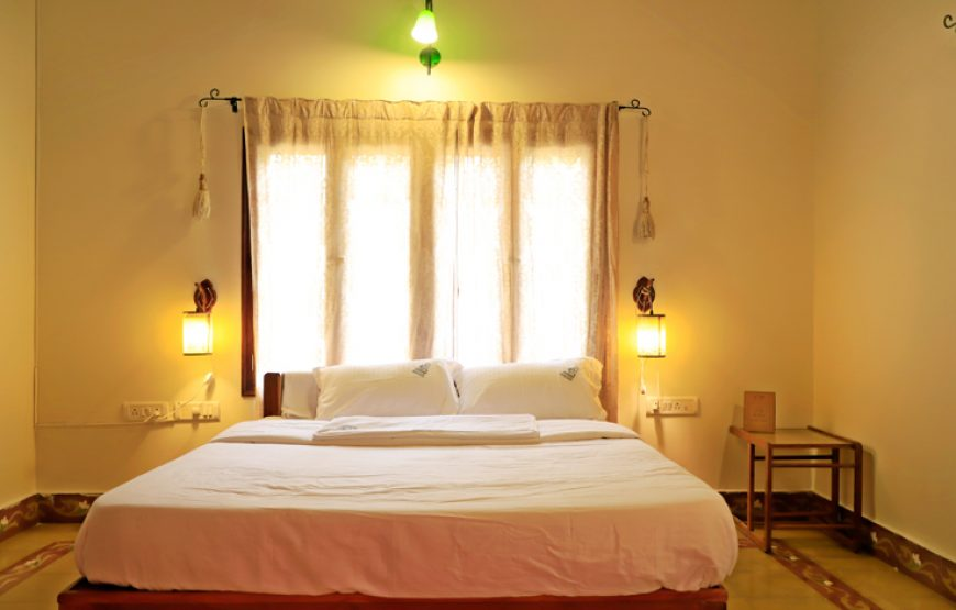 Luxurious, soft & elegant bed with full of lights in the farm house stay in Bangalore